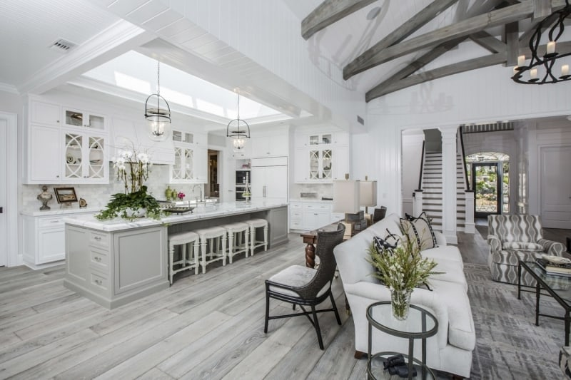 Dining Room and Kitchen of Luxury Home