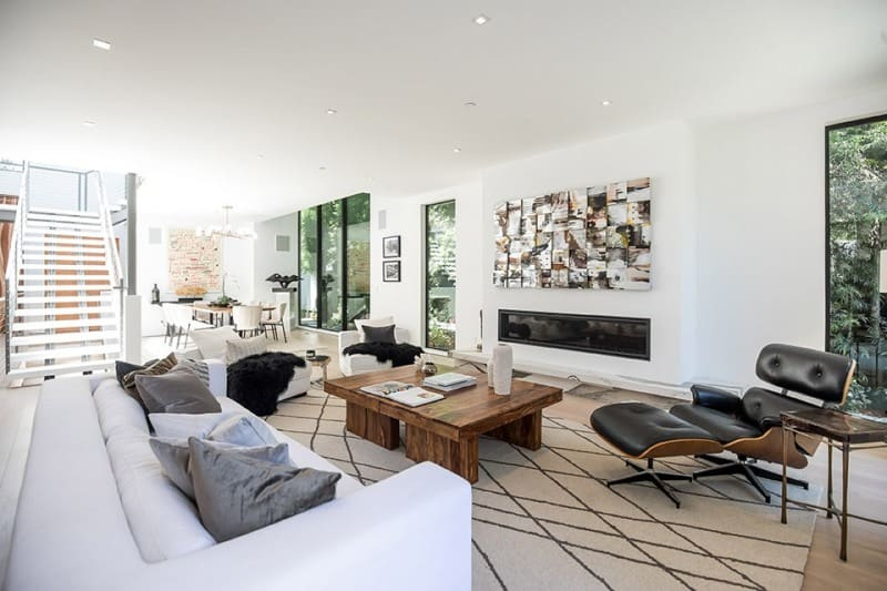 Interior Lounge Area of Luxury Home on San Vicente